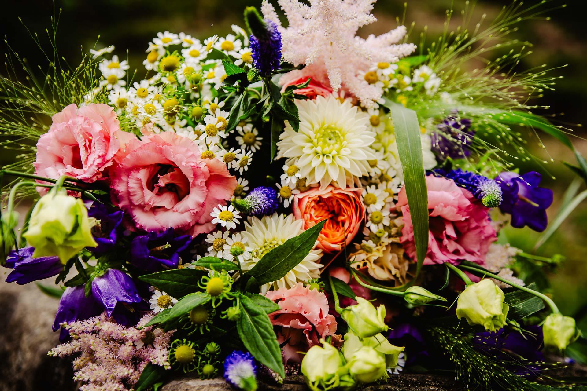 svatba v boho stylu, rustikální svatba, přírodní letní svatba Kokořínsko-2