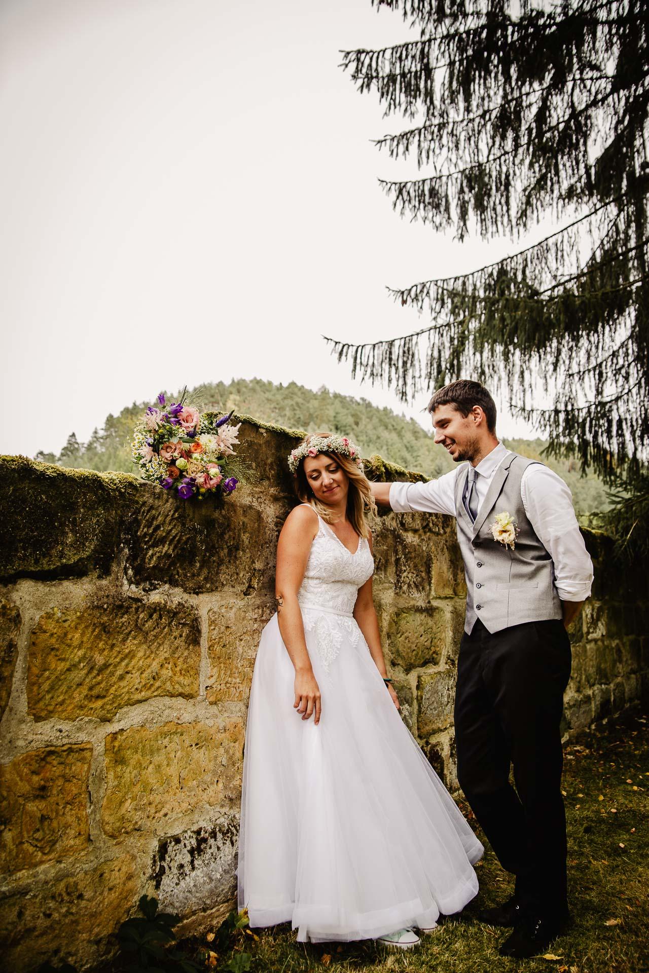 svatba v boho stylu, rustikální svatba, přírodní letní svatba Kokořínsko-205