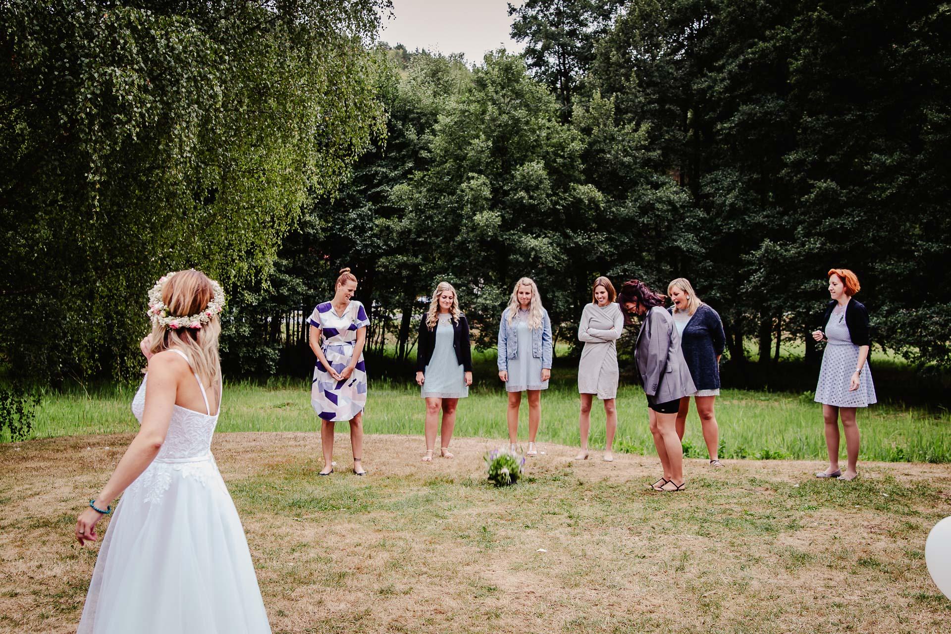 svatba v boho stylu, rustikální svatba, přírodní letní svatba Kokořínsko-231