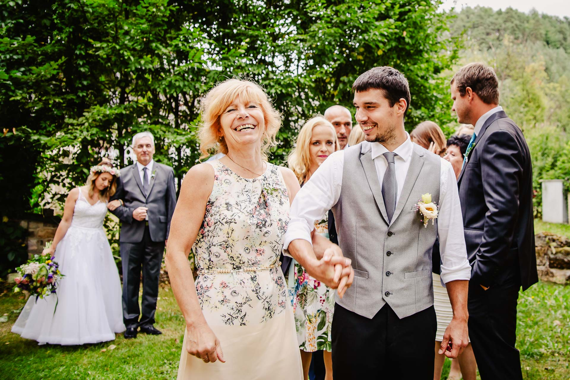 svatba v boho stylu, rustikální svatba, přírodní letní svatba Kokořínsko-32