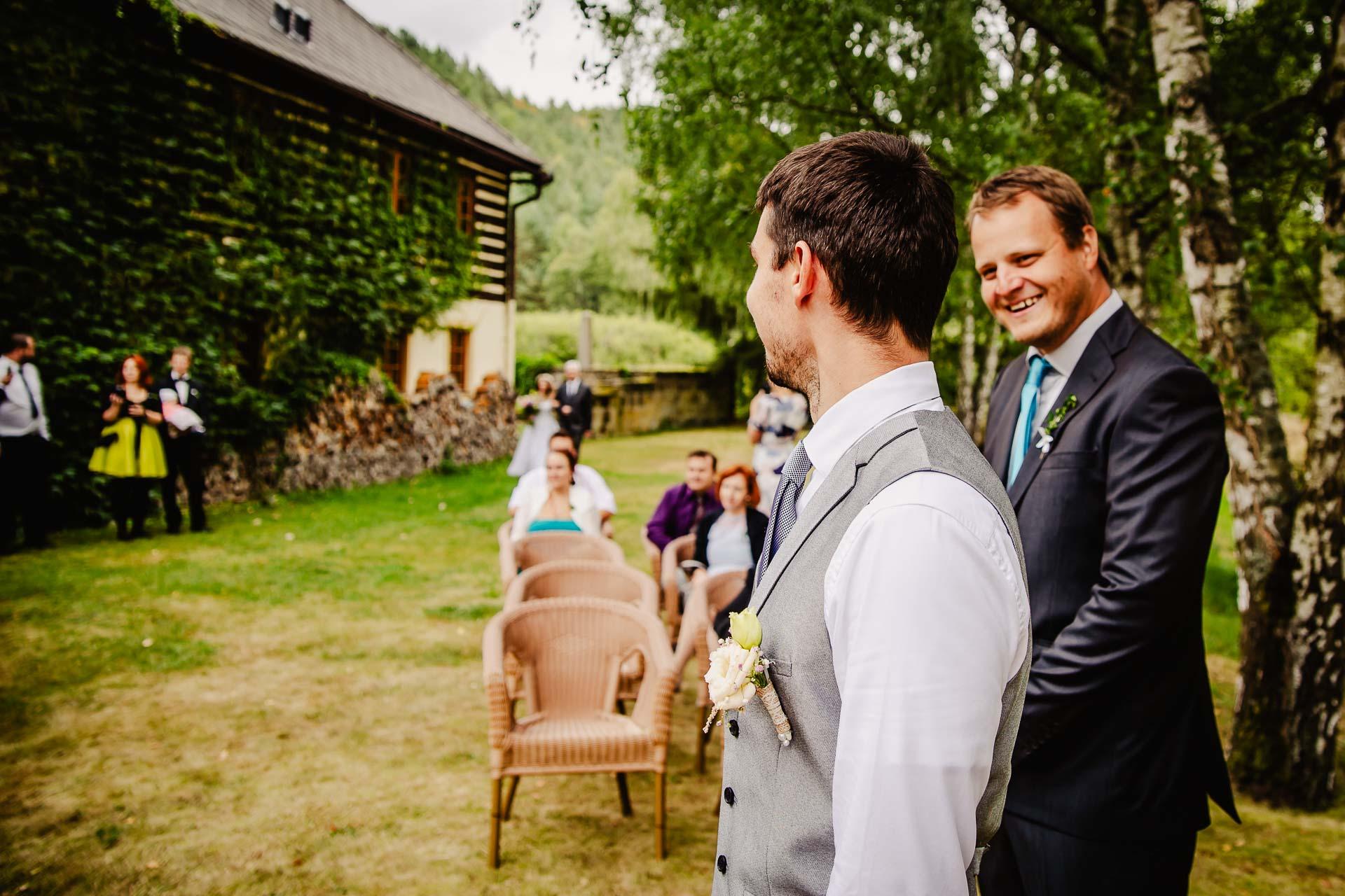 svatba v boho stylu, rustikální svatba, přírodní letní svatba Kokořínsko-36