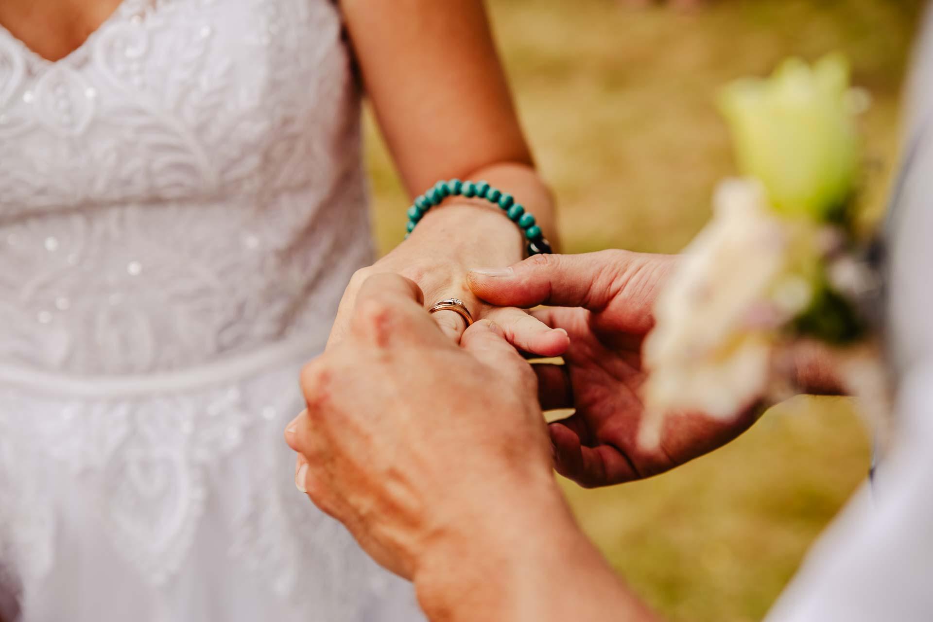 svatba v boho stylu, rustikální svatba, přírodní letní svatba Kokořínsko-60