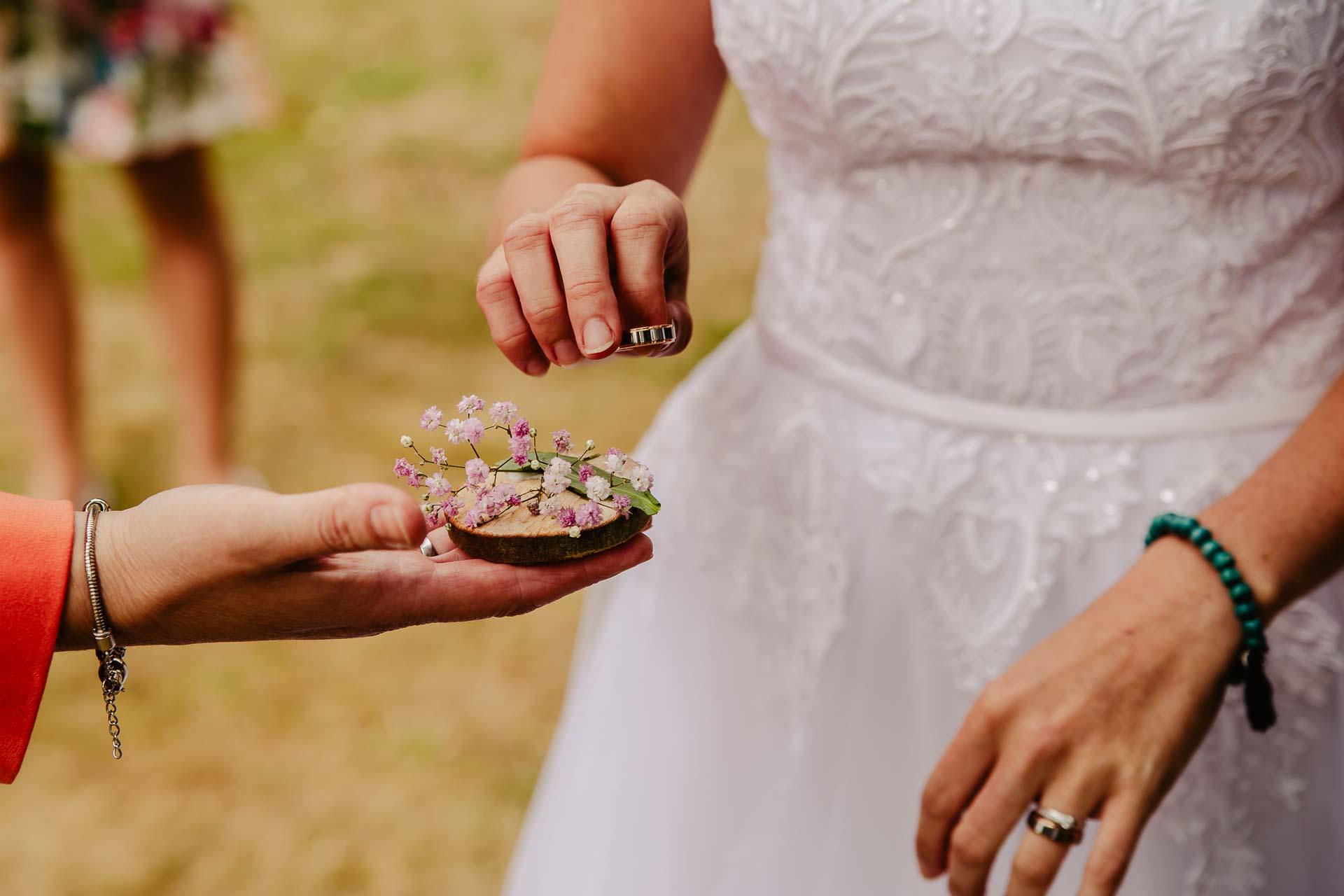 svatba v boho stylu, rustikální svatba, přírodní letní svatba Kokořínsko-61