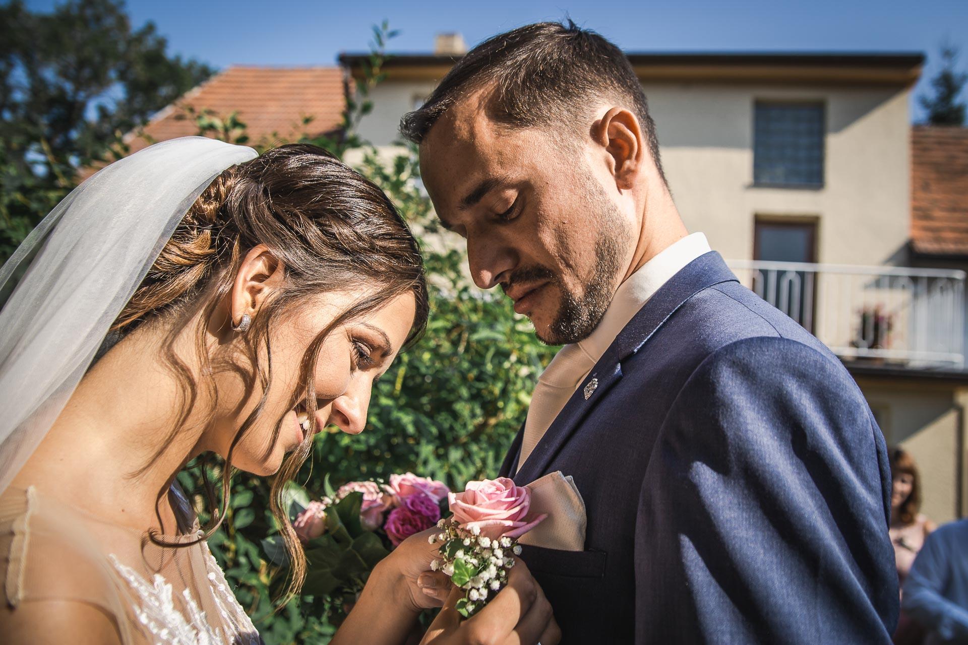 svatební-fotograf-wedding-svatebni-video-orlík-vltava-kostel-statek-stodola-boho-svatba-Beautyfoto-126