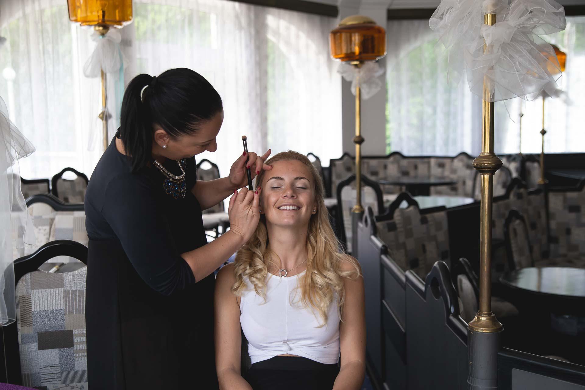 svatební-fotograf-svatebni-video-Nymburk-hotel-Ostrov-Beautyfoto-4814