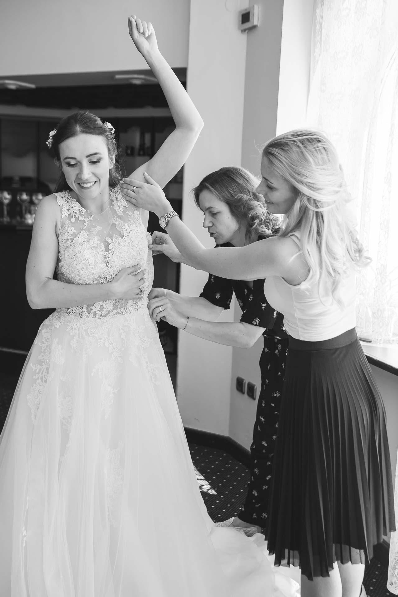 svatební-fotograf-svatebni-video-Nymburk-hotel-Ostrov-Beautyfoto-4846