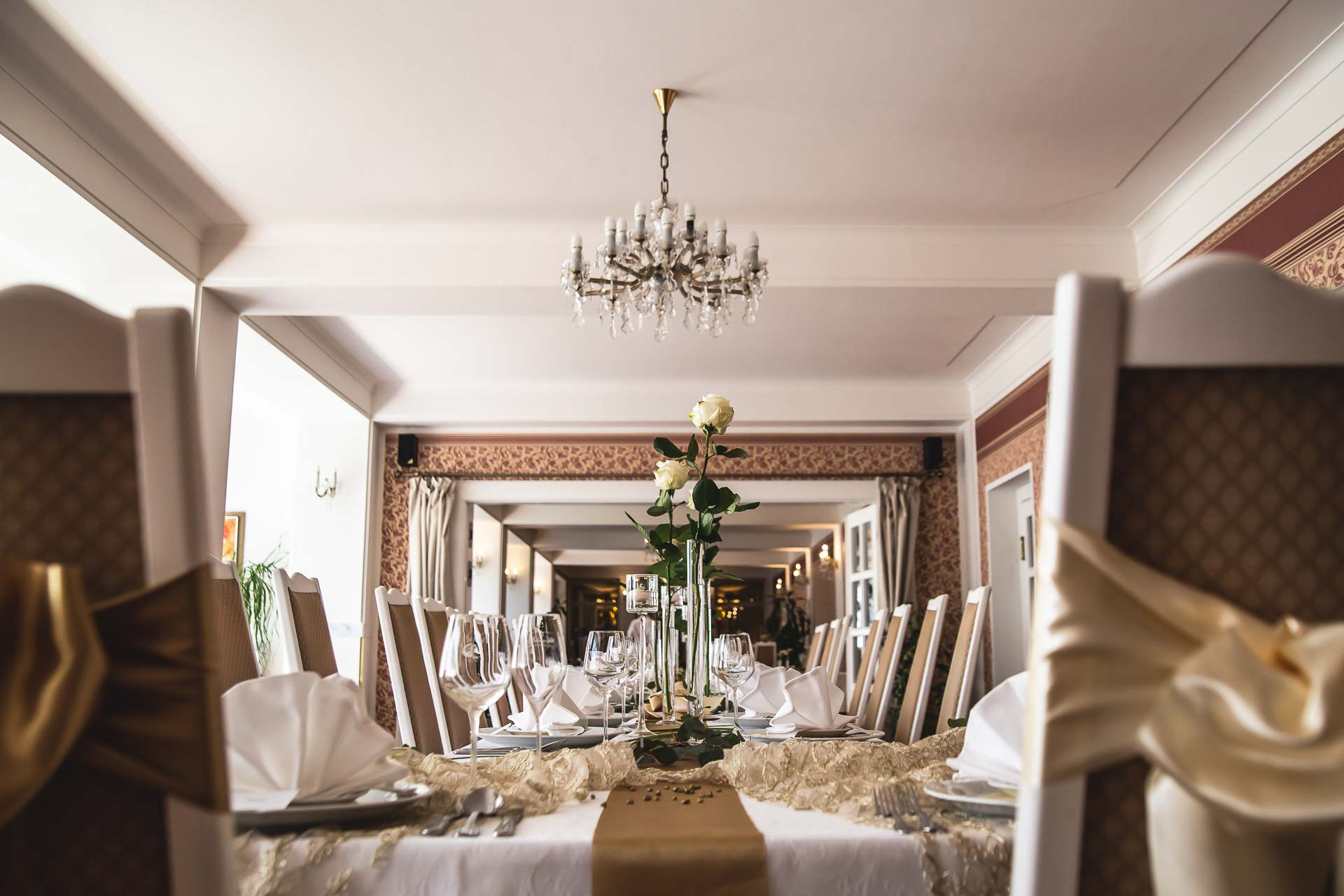 svatební-fotograf-svatebni-video-Nymburk-hotel-Ostrov-Beautyfoto-5011