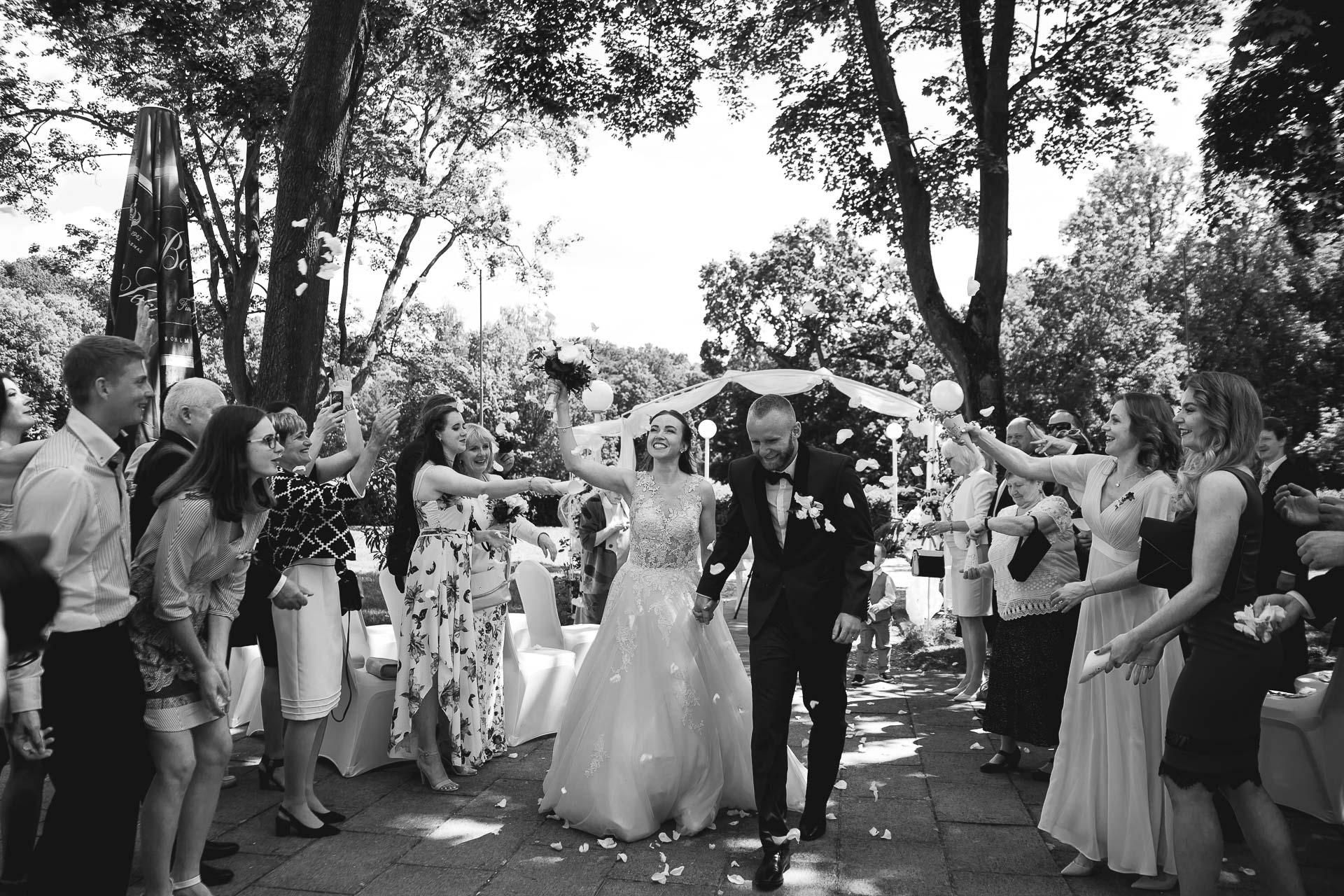 svatební-fotograf-svatebni-video-Nymburk-hotel-Ostrov-Beautyfoto-5435