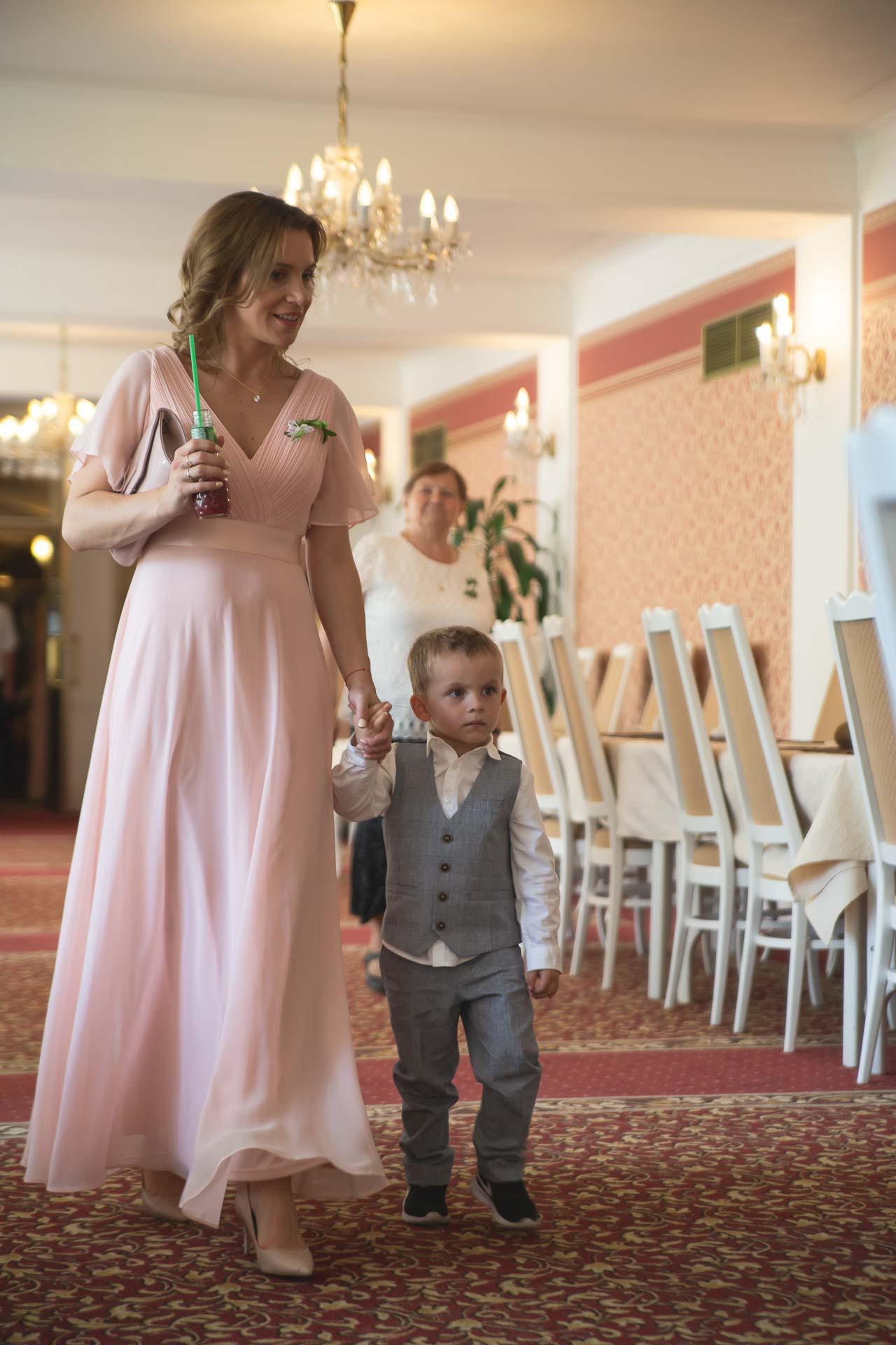 svatební-fotograf-svatebni-video-Nymburk-hotel-Ostrov-Beautyfoto-5920