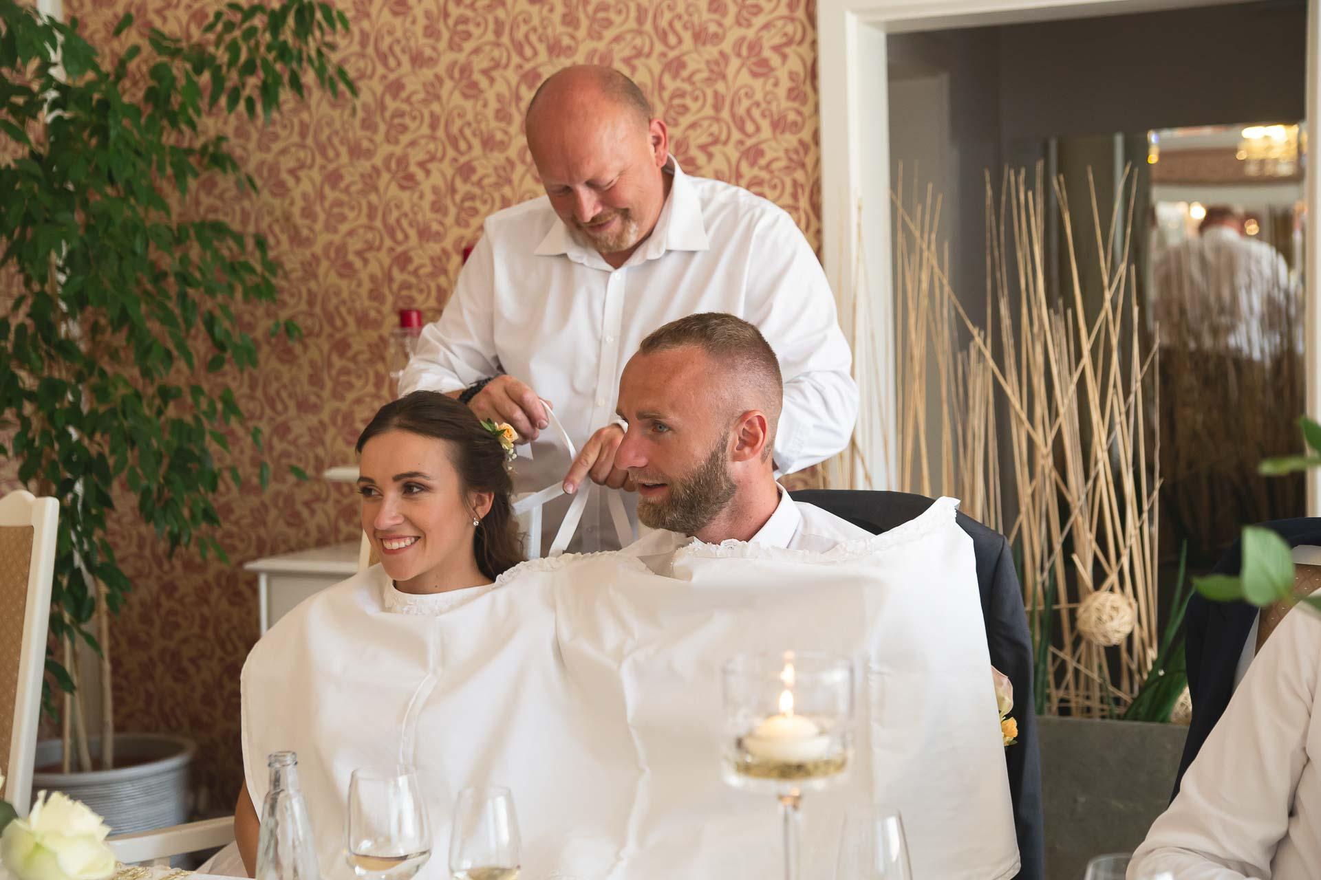 svatební-fotograf-svatebni-video-Nymburk-hotel-Ostrov-Beautyfoto-5988