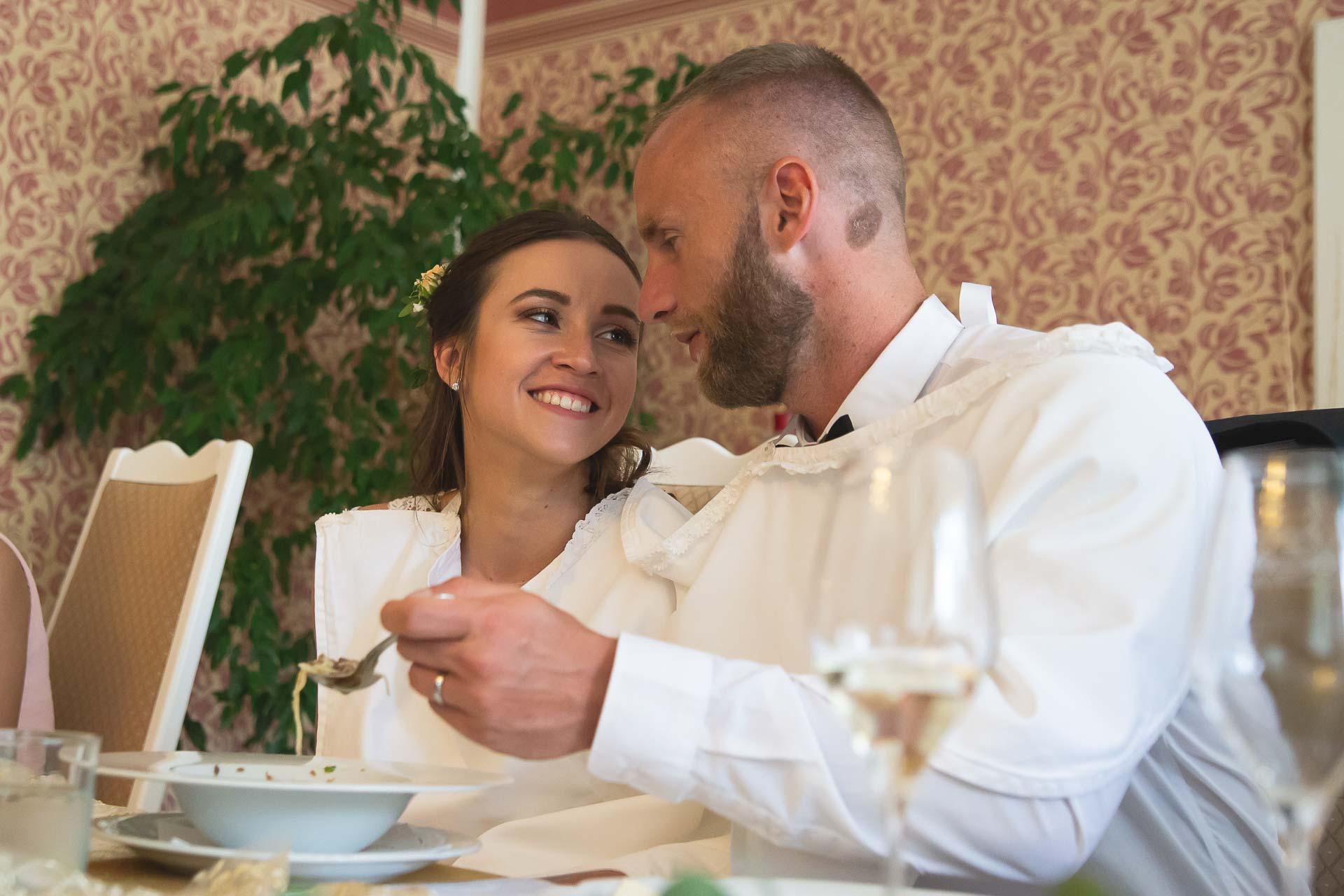 svatební-fotograf-svatebni-video-Nymburk-hotel-Ostrov-Beautyfoto-6006