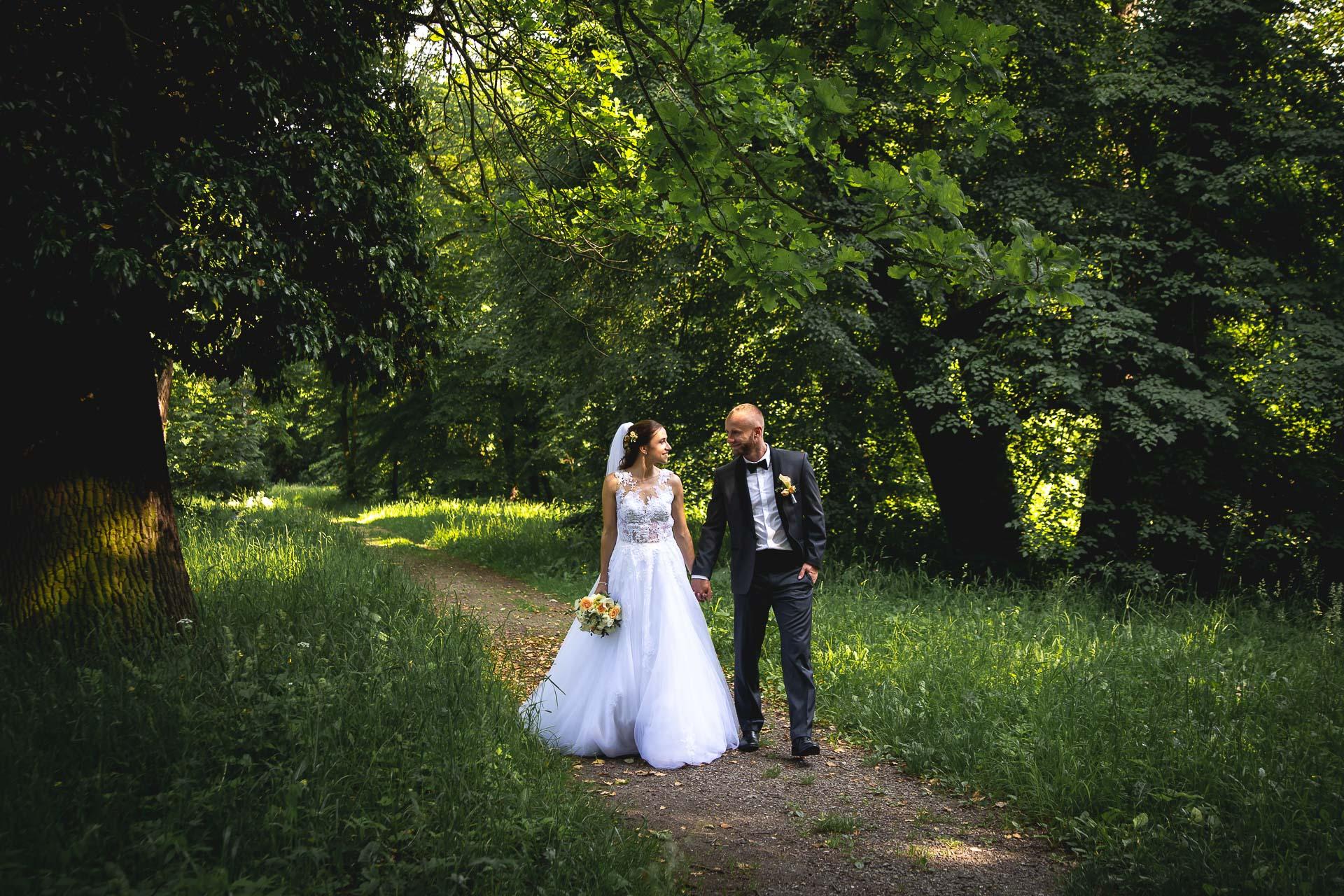 svatební-fotograf-svatebni-video-Nymburk-hotel-Ostrov-Beautyfoto-6291