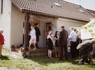 svatební fotograf Lysá nad Labem, penzion Polabí Přerov nad Labem, letní svatba-44