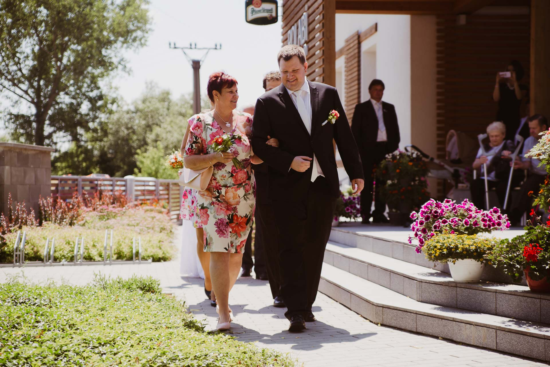 svatební fotograf Lysá nad Labem, penzion Polabí Přerov nad Labem, letní svatba-69