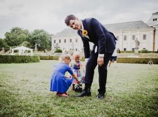 svatební fotograf Lysá nad Labem,  svatební video Lysá na Labem, svatba v zámeckém parku-148