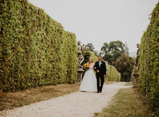 svatební fotograf Lysá nad Labem,  svatební video Lysá na Labem, svatba v zámeckém parku-17