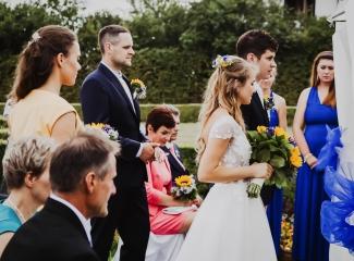 svatební fotograf Lysá nad Labem,  svatební video Lysá na Labem, svatba v zámeckém parku-37