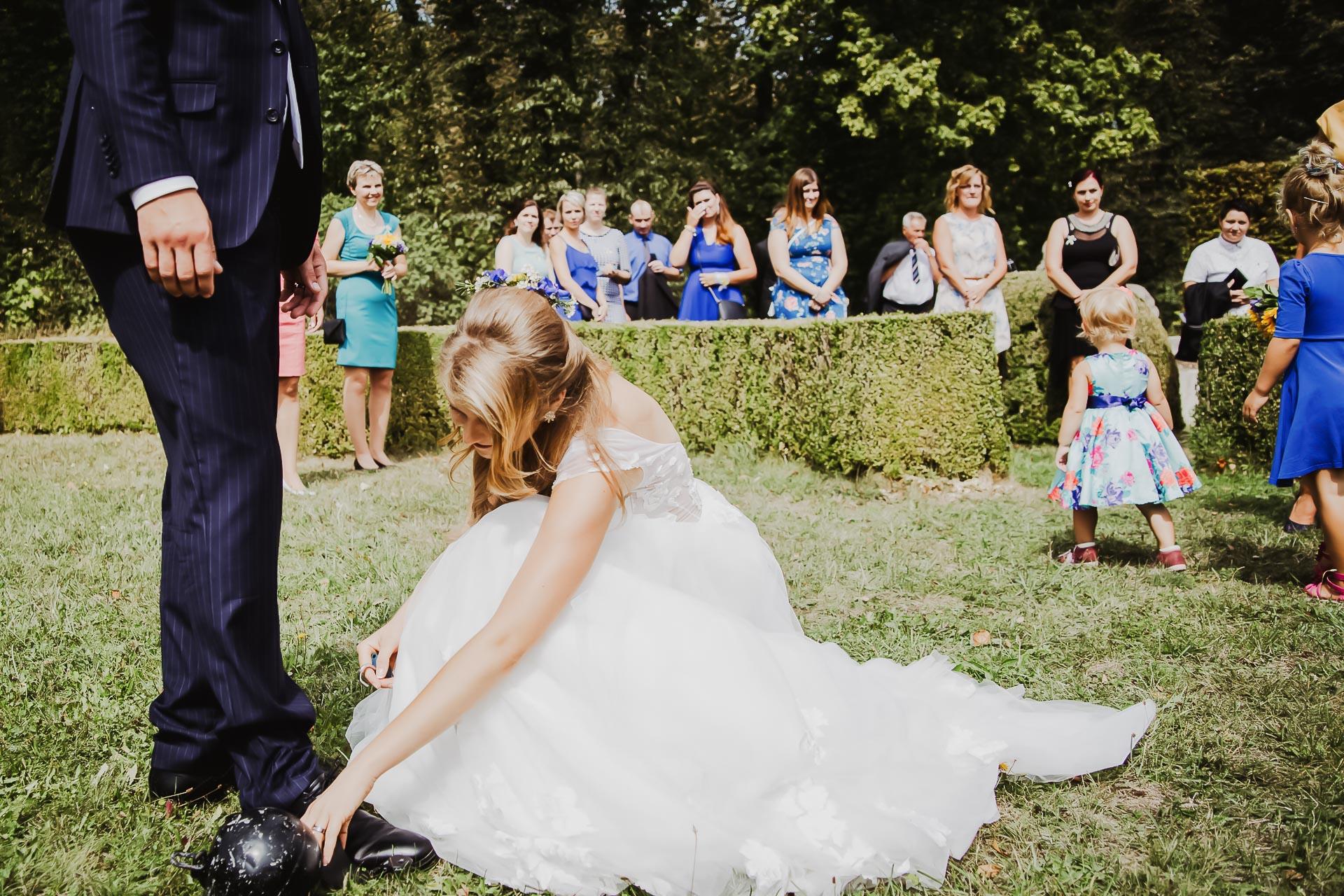 svatební fotograf Lysá nad Labem,  svatební video Lysá na Labem, svatba v zámeckém parku-152