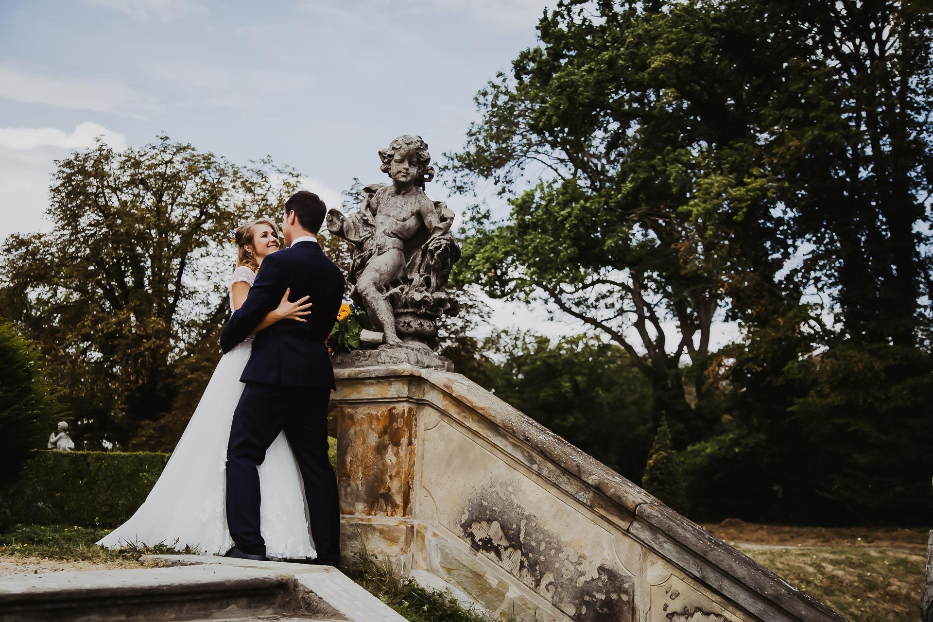 svatební fotograf Lysá nad Labem,  svatební video Lysá na Labem, svatba v zámeckém parku-172