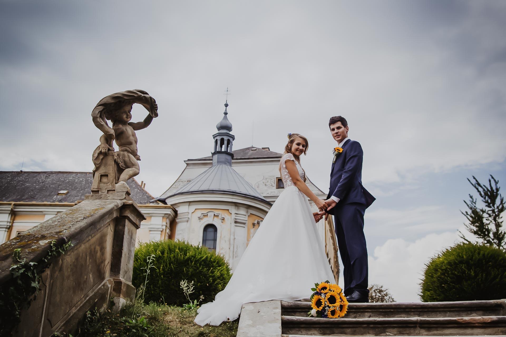 svatební fotograf Lysá nad Labem,  svatební video Lysá na Labem, svatba v zámeckém parku-177