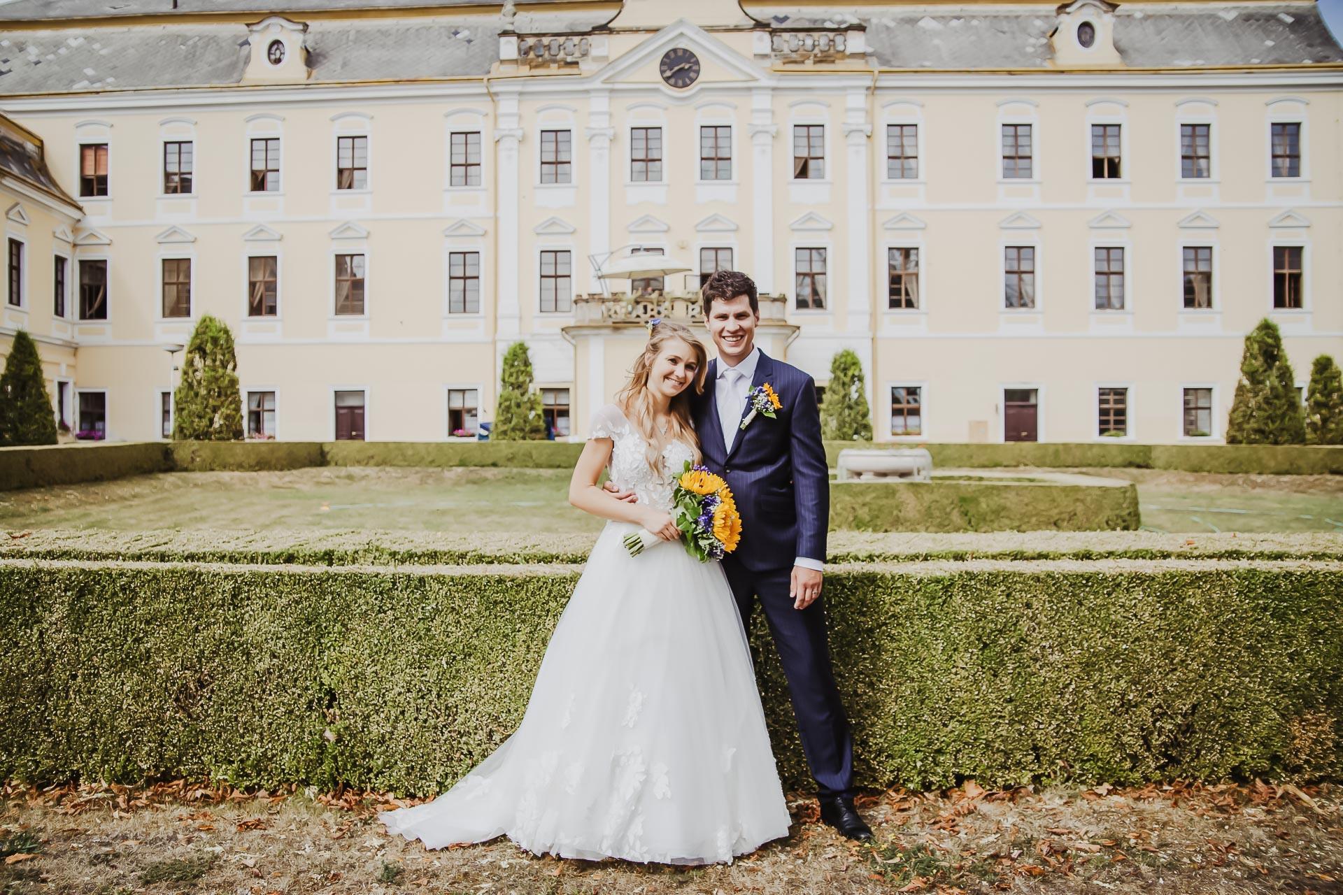 svatební fotograf Lysá nad Labem,  svatební video Lysá na Labem, svatba v zámeckém parku-218