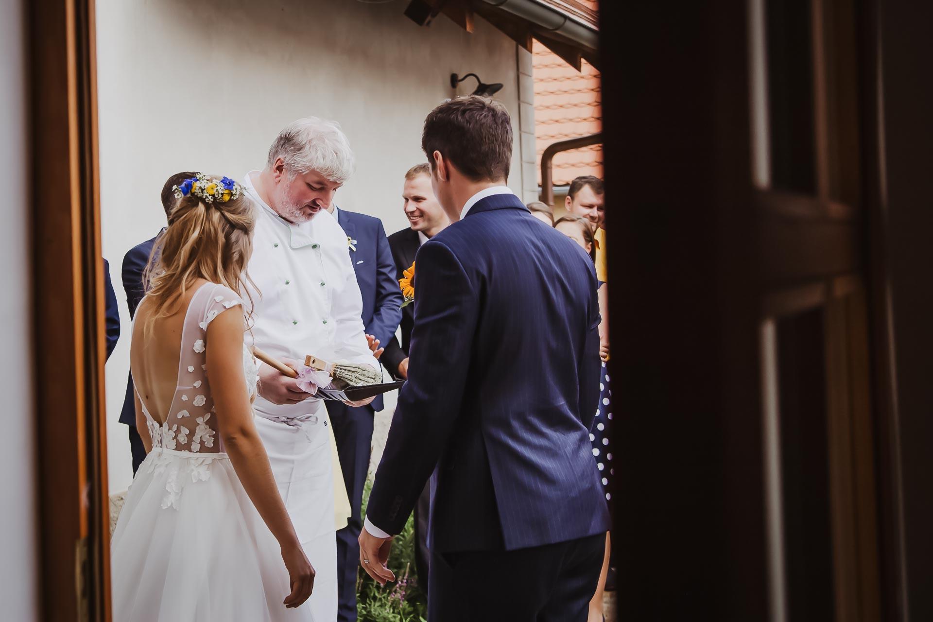 svatební fotograf Lysá nad Labem,  svatební video Lysá na Labem, svatba v zámeckém parku-242