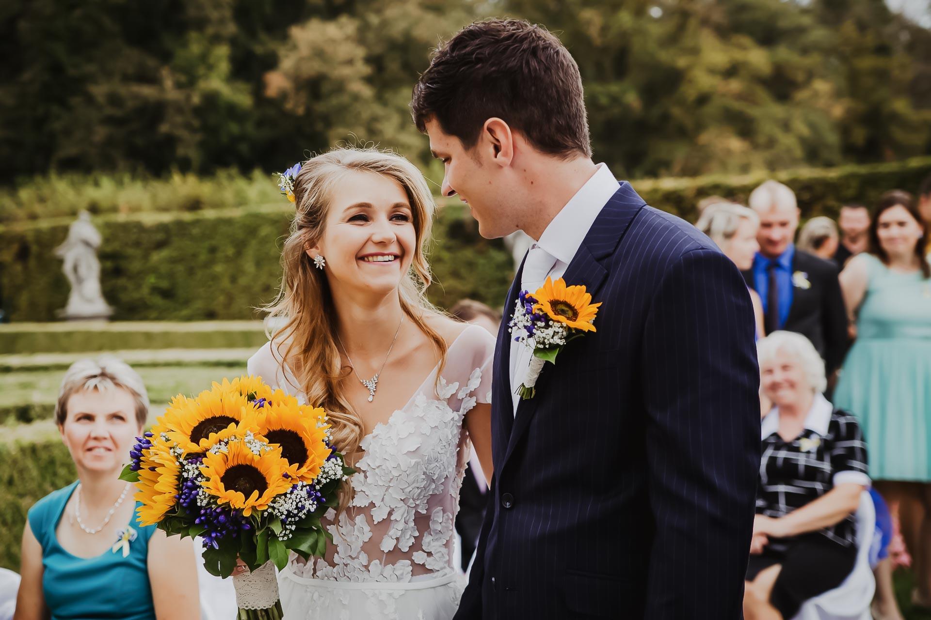 svatební fotograf Lysá nad Labem,  svatební video Lysá na Labem, svatba v zámeckém parku-25
