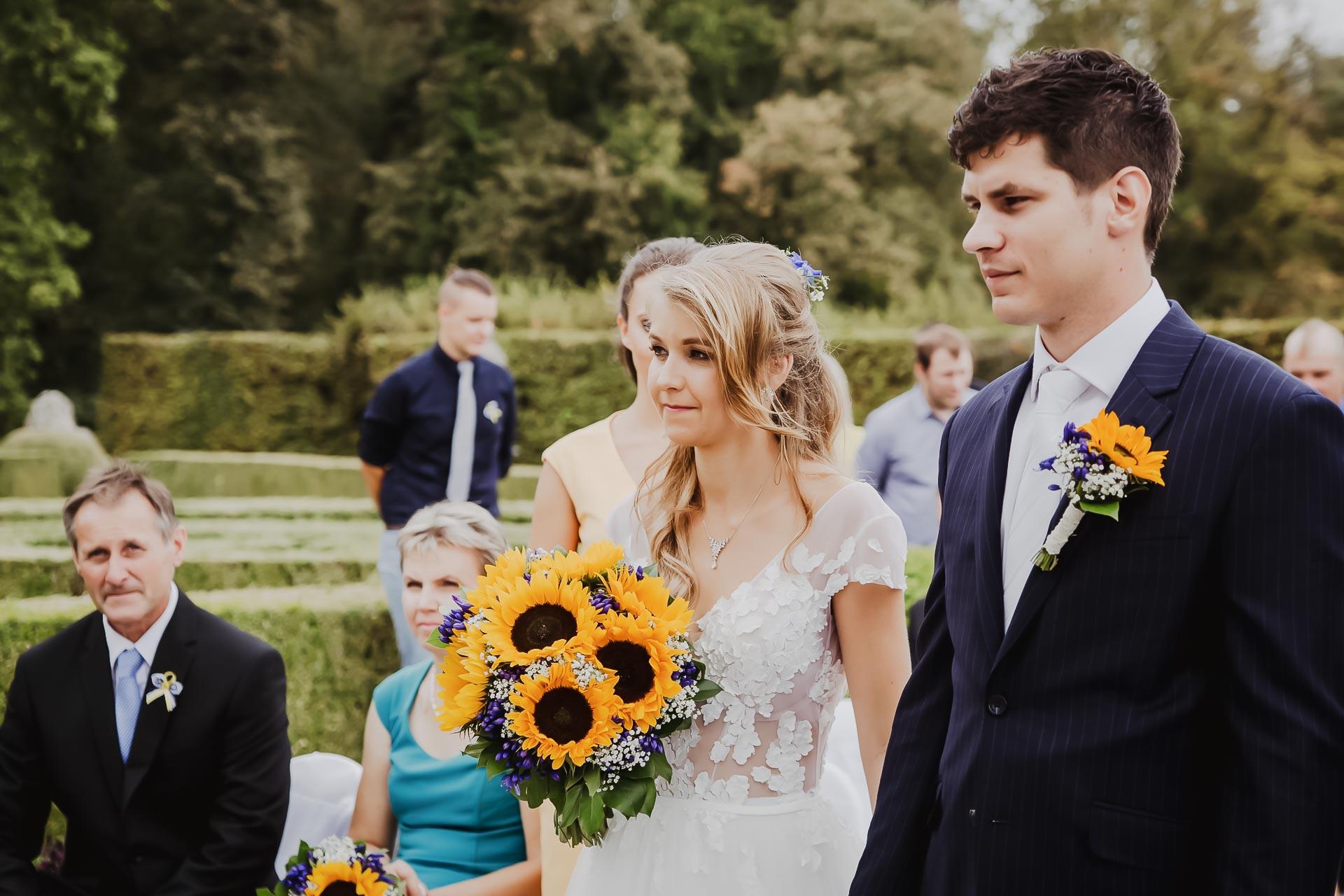 svatební fotograf Lysá nad Labem,  svatební video Lysá na Labem, svatba v zámeckém parku-27