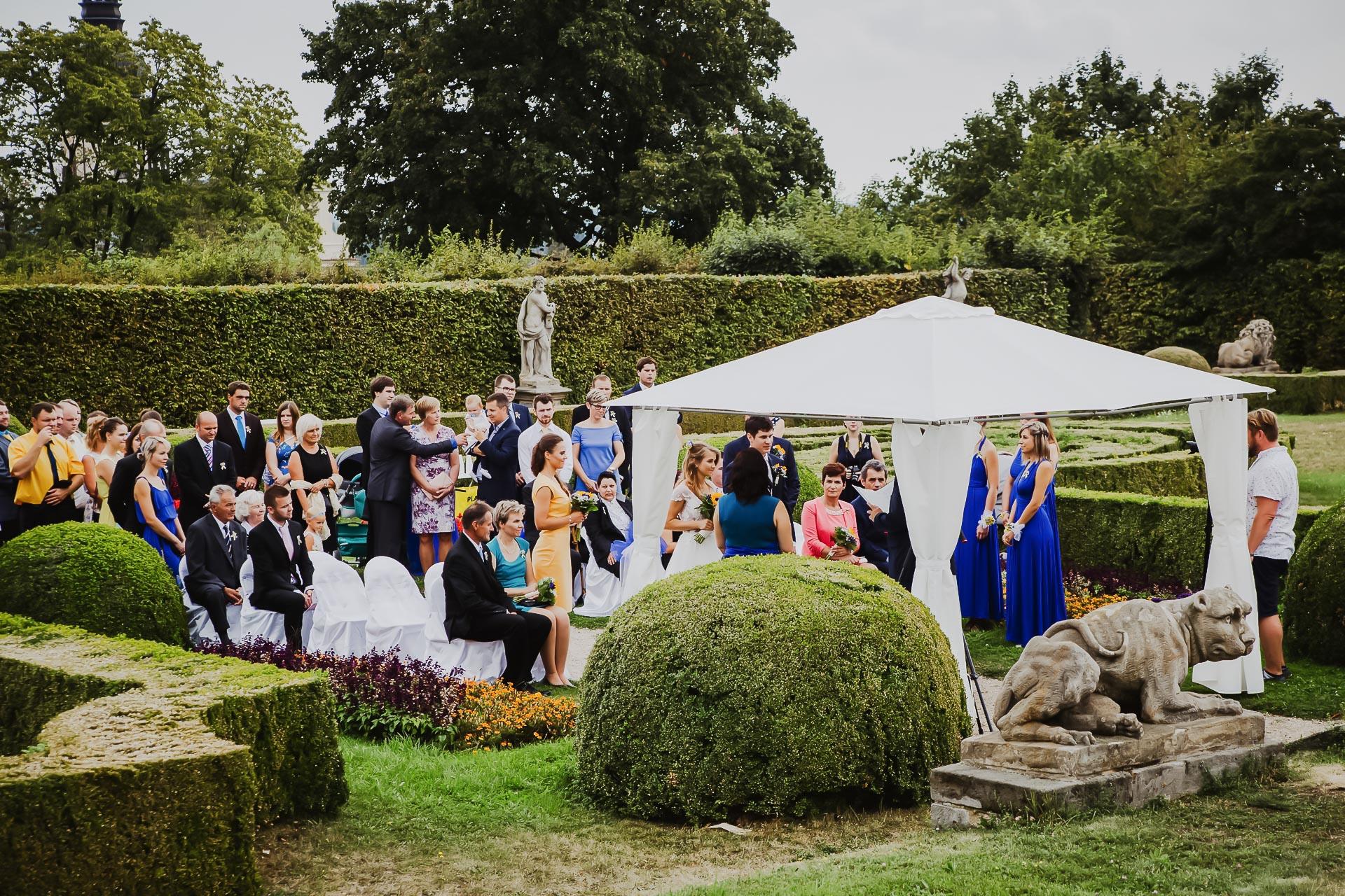 svatební fotograf Lysá nad Labem,  svatební video Lysá na Labem, svatba v zámeckém parku-32