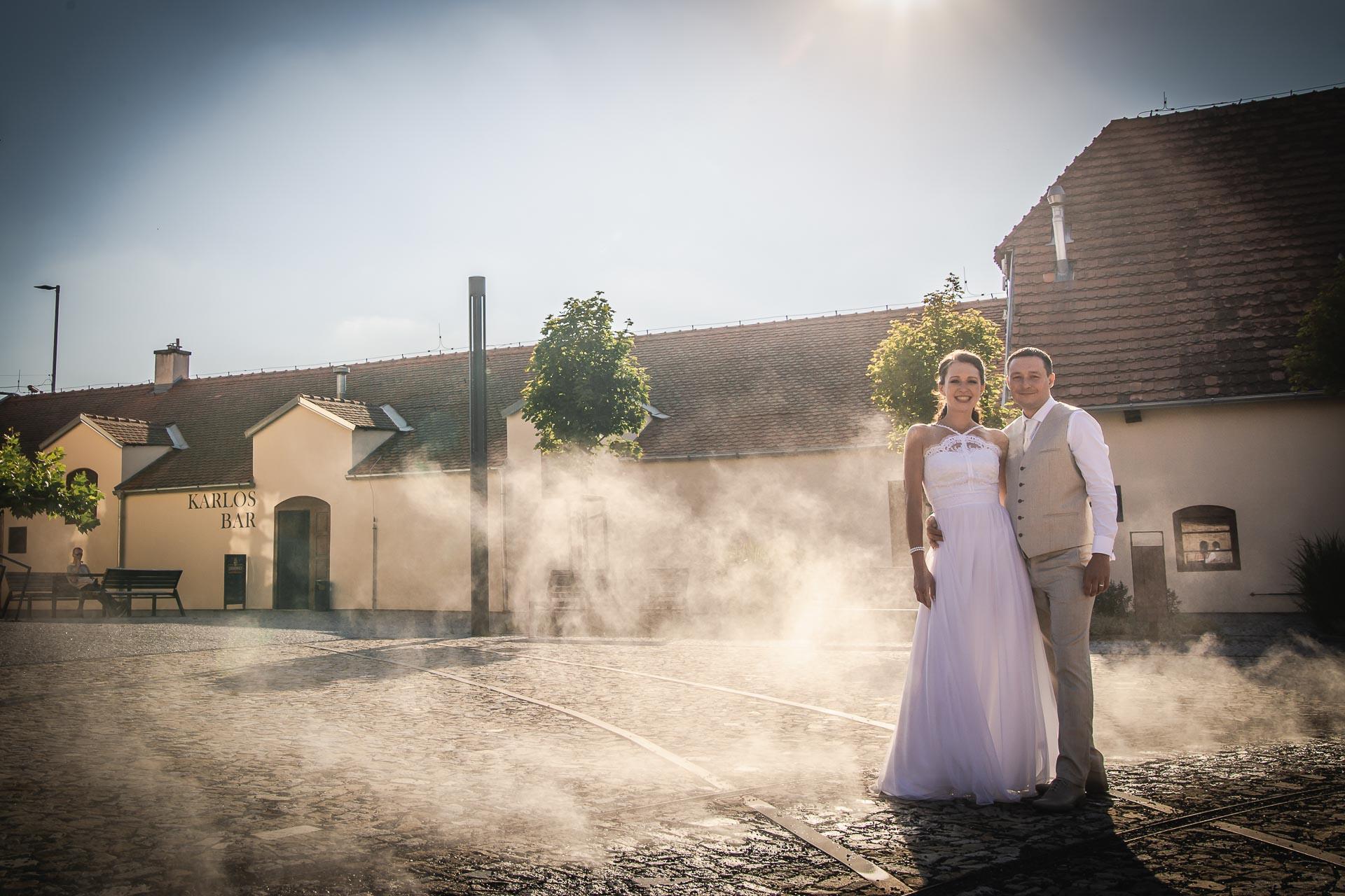 Svatební-fotograf-Praha-Dolní-Počernicerestaurace-Běchovický-dvůr-3031