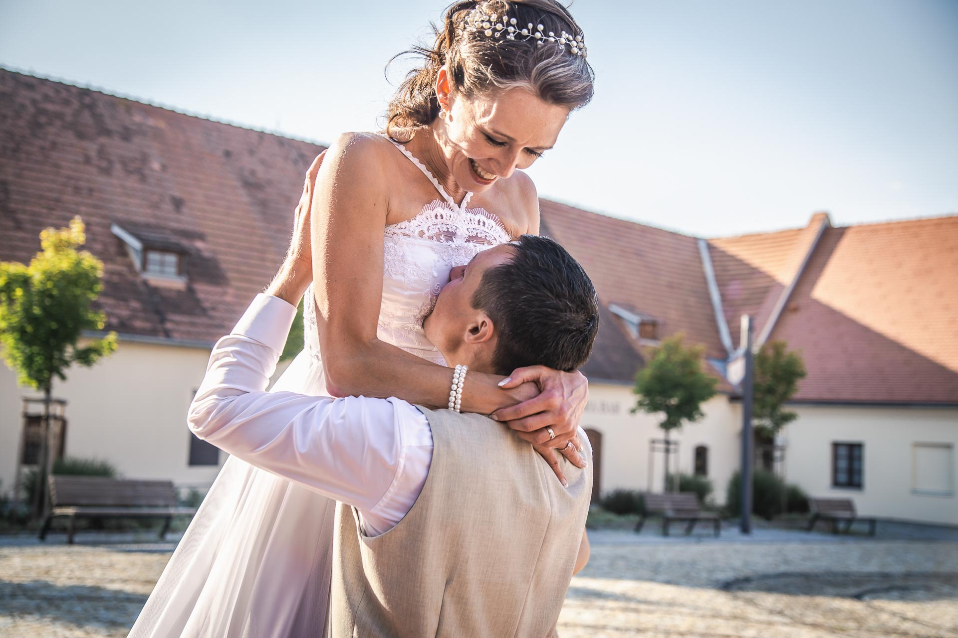 Svatební-fotograf-Praha-Dolní-Počernicerestaurace-Běchovický-dvůr-3082