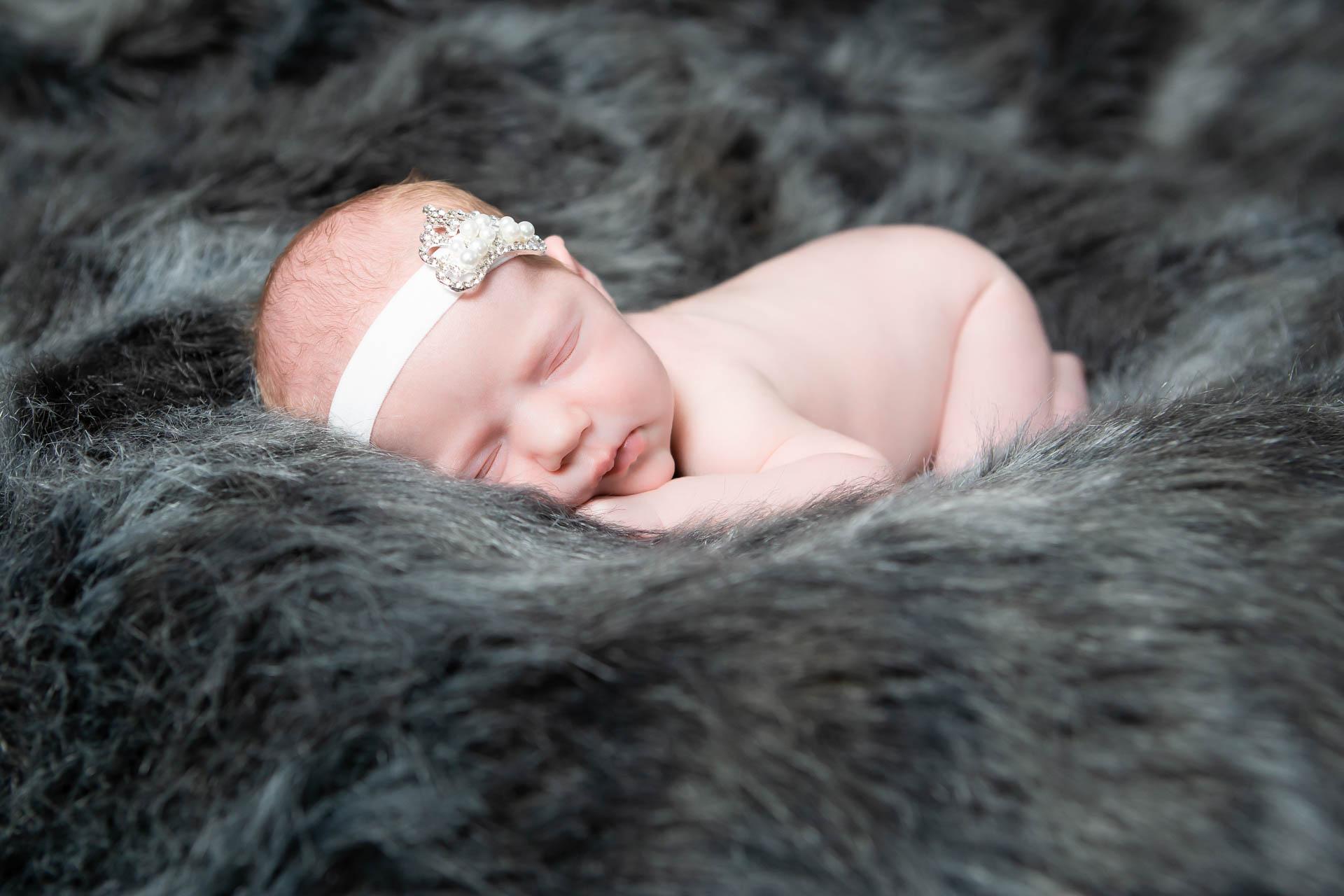 newborn-fotograf-rodinný-fotograf-fotografie-miminek-1911