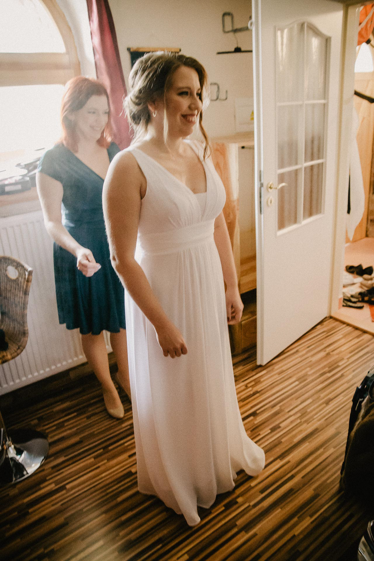 svatební-fotograf-resort-Svět-Užice-svatební-foto-Praha-fotograf-na-svatbu-1043