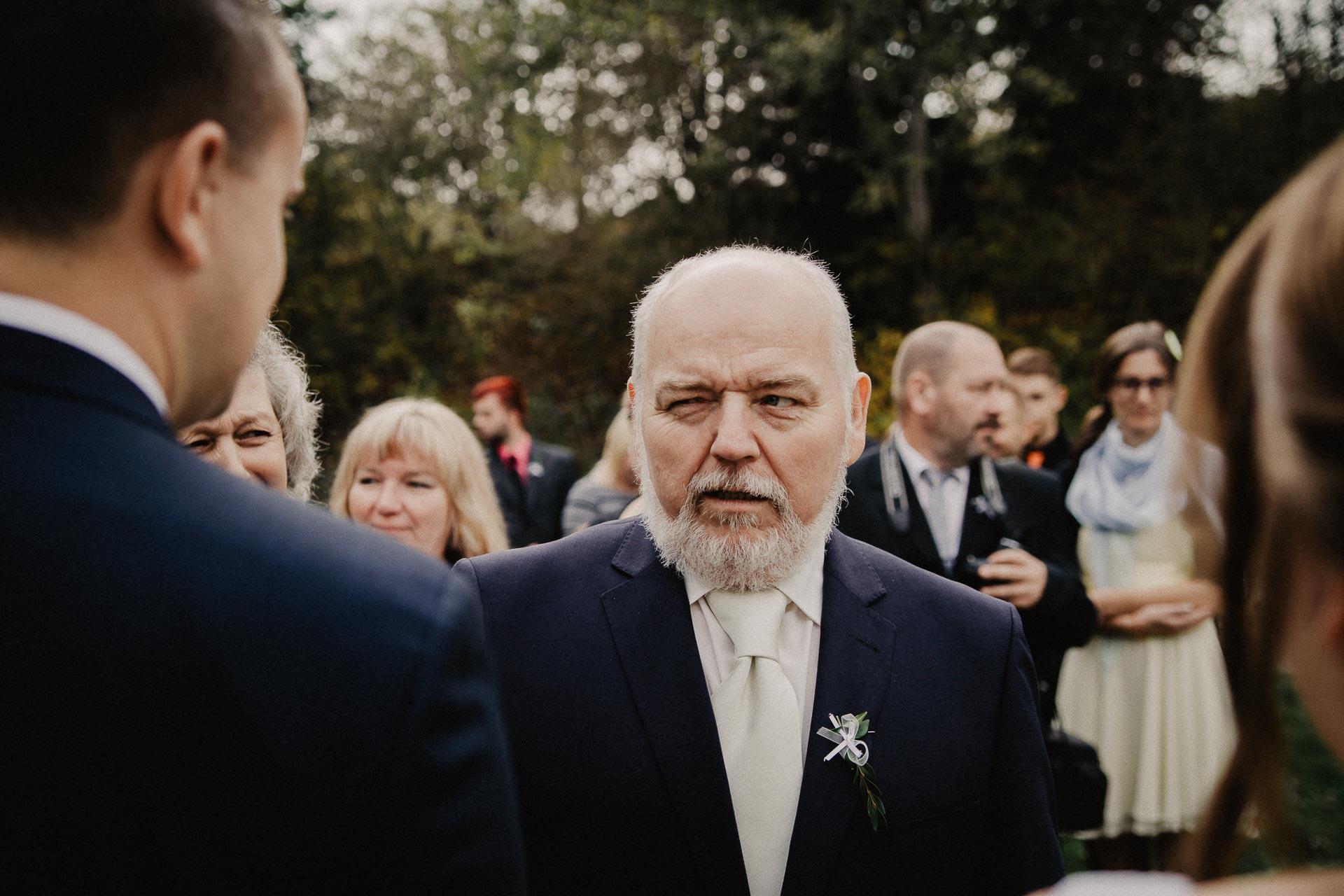 svatební-fotograf-resort-Svět-Užice-svatební-foto-Praha-fotograf-na-svatbu-1222