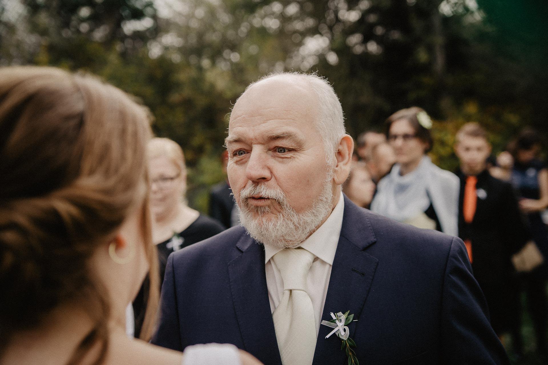 svatební-fotograf-resort-Svět-Užice-svatební-foto-Praha-fotograf-na-svatbu-1228