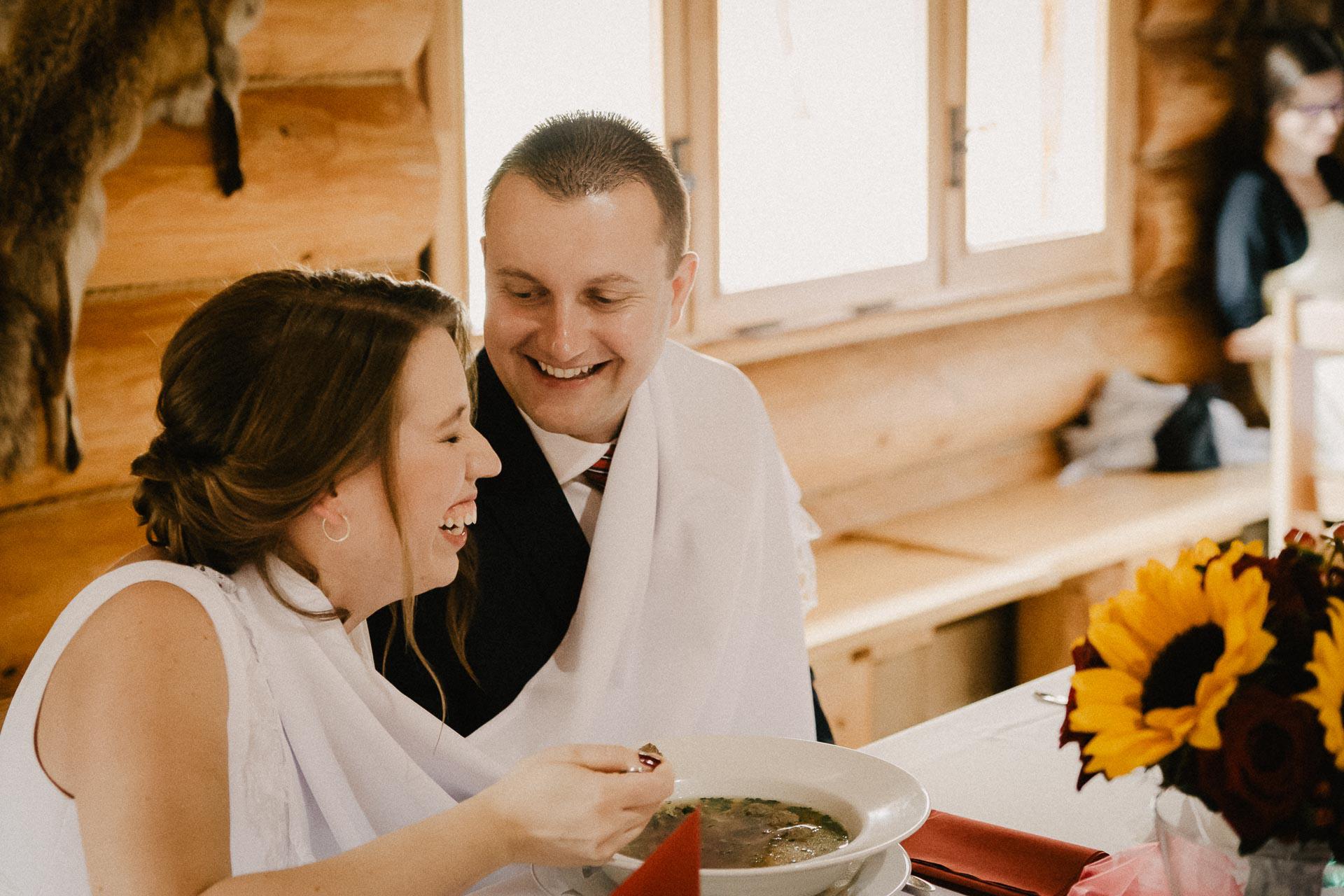 svatební-fotograf-resort-Svět-Užice-svatební-foto-Praha-fotograf-na-svatbu-1610