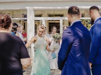 svatební fotograf hotel Ostrov Nymburk, svatební video-24
