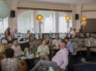 svatební fotograf hotel Ostrov Nymburk, svatební video-320
