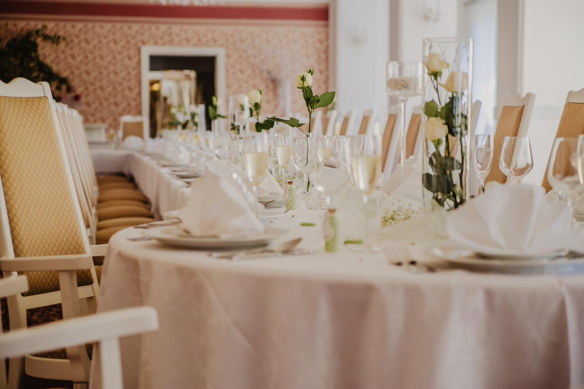 svatební fotograf hotel Ostrov Nymburk, svatební video-189