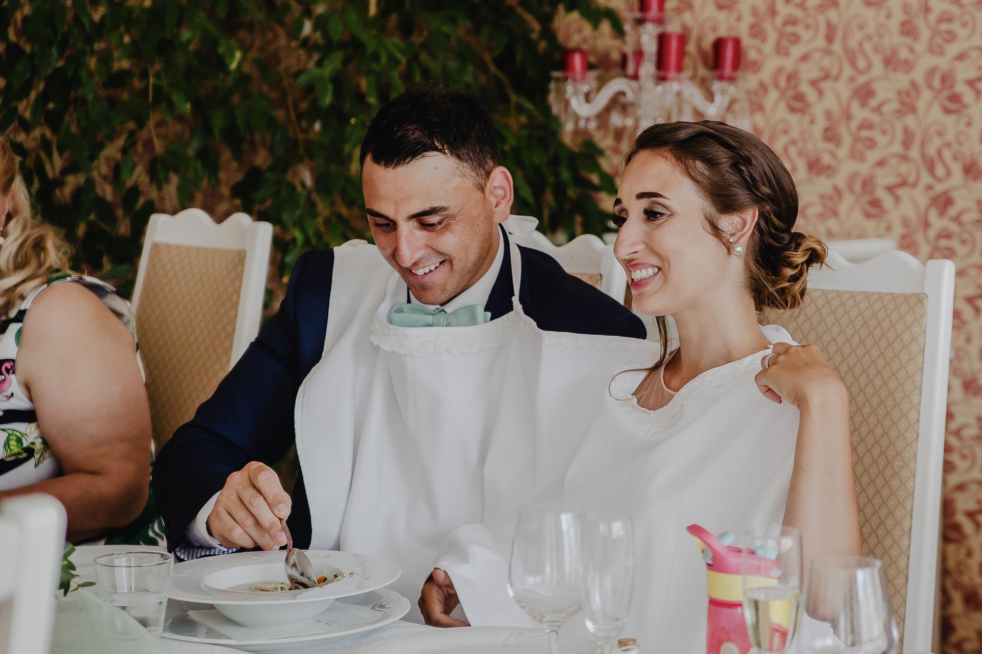 svatební fotograf hotel Ostrov Nymburk, svatební video-225