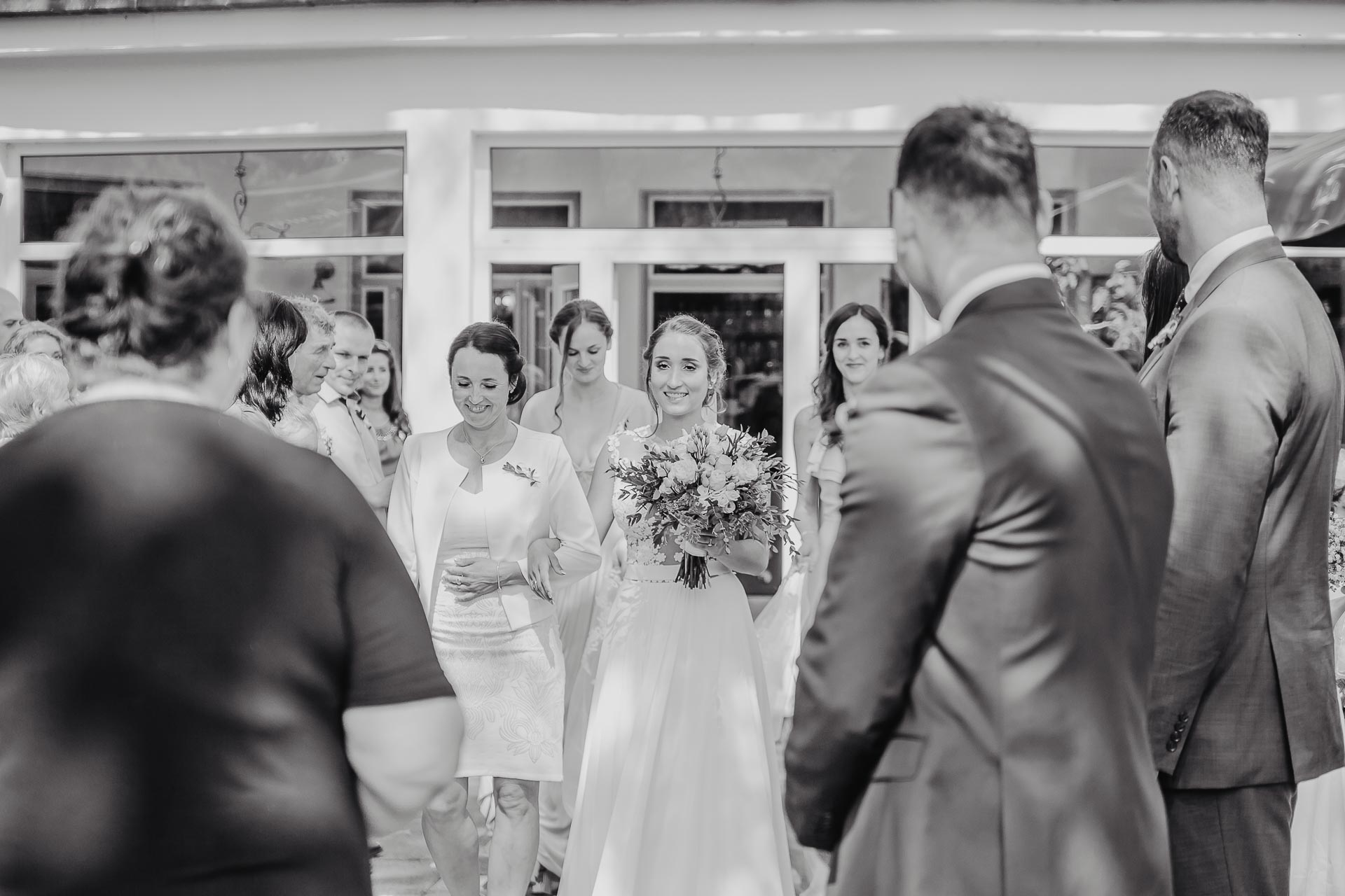 svatební fotograf hotel Ostrov Nymburk, svatební video-27