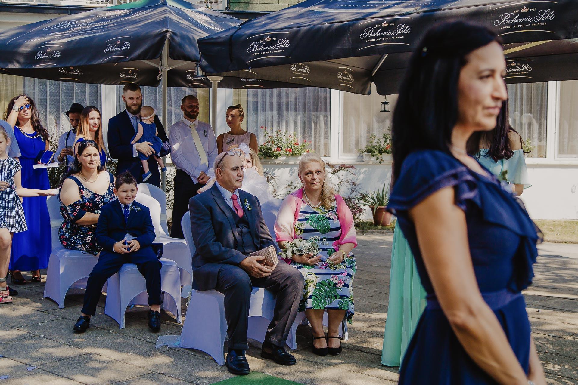 svatební fotograf hotel Ostrov Nymburk, svatební video-33
