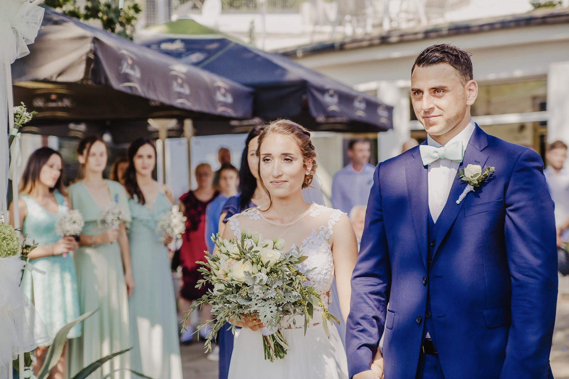 svatební fotograf hotel Ostrov Nymburk, svatební video-38
