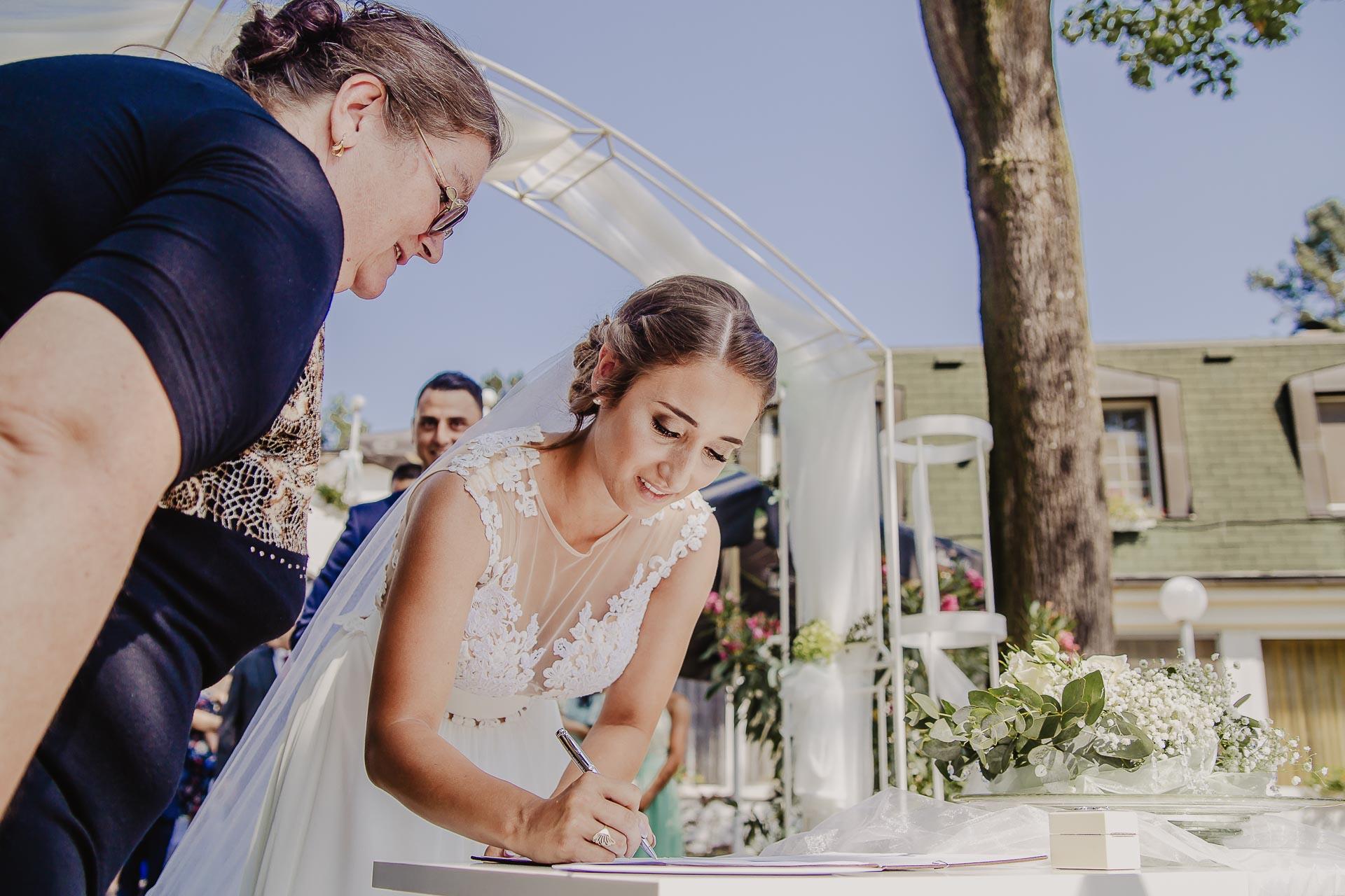 svatební fotograf hotel Ostrov Nymburk, svatební video-56