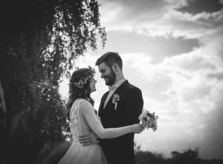 svatební fotograf Kochánky, cirkevní obřad, přírodní boho svatba-113