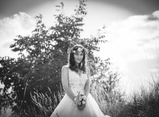 svatební fotograf Kochánky, cirkevní obřad, přírodní boho svatba-139
