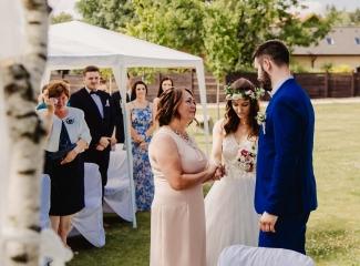 svatební fotograf Kochánky, cirkevní obřad, přírodní boho svatba-14