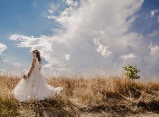 svatební fotograf Kochánky, cirkevní obřad, přírodní boho svatba-144