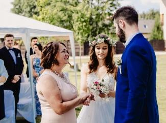 svatební fotograf Kochánky, cirkevní obřad, přírodní boho svatba-15