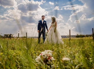 svatební fotograf Kochánky, cirkevní obřad, přírodní boho svatba-176